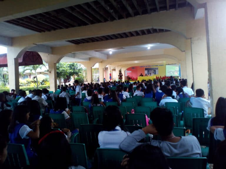 Libertad National School all students from Grade 7 grade 8 grade 9 grade 10 grade 11 and grade 12